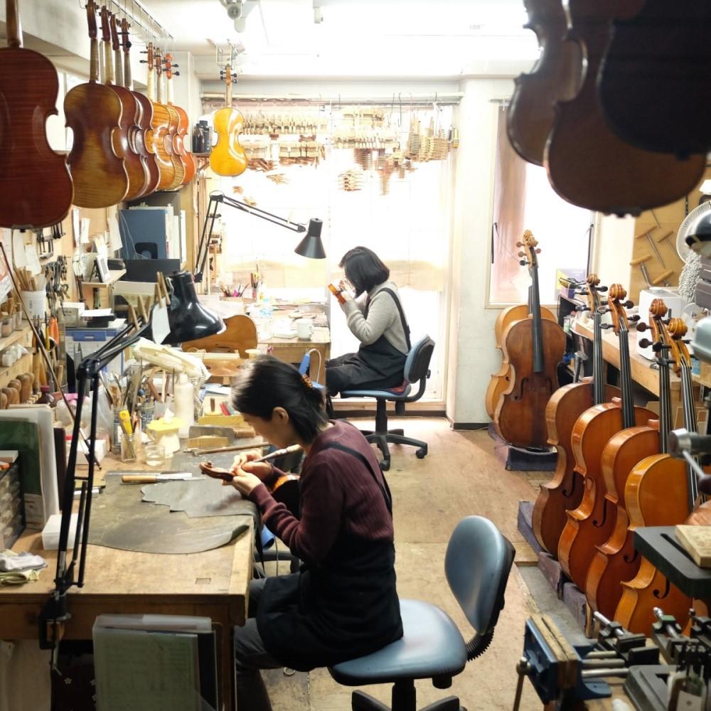 ゴーシュ弦楽器工房の風景